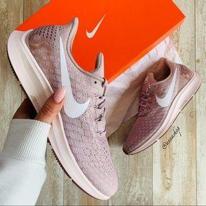 NWT Nike air zoom Pegasus 35 Rose sneakers